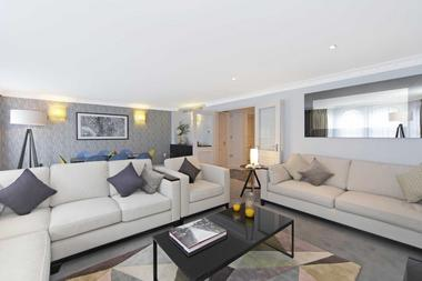 Luxury and Spacious Apartment at Shepherds Street, Mayfair, W1J, 7JH