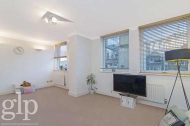 Two Double Bedrooms at Ramilies Place, Soho, W1F, 7LJ