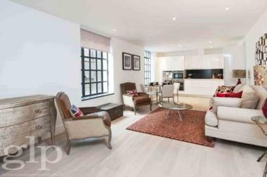 Two Double Bedrooms at Bull Inn Court, Covent Garden, WC2R, 0NP