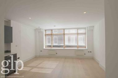 Studio Apartment at Lexington Street, Soho, W1F, 9AP