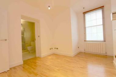 Double Bedroom at Carnaby Street, Soho, W1F, 7HD
