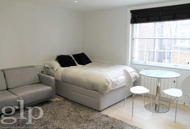 Stunning Studio at Marlborough Street, Soho, W1F, 7EF