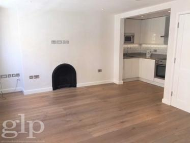Large Studio at New Row, Covent Garden, WC2N, 4LH