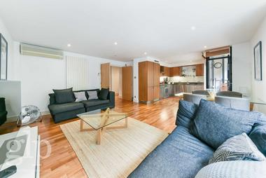 Two Double Bedrooms at Bourchier Street, Soho, W1D, 4HZ