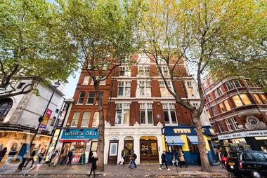 Double Bedroom at Charing Cross Road, Covent Garden, WC2H, 0DG
