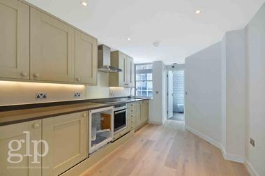 Studio Apartment at Wardour Street, Soho, W1D, 6PF