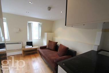 Fantastic Studio at Villiers Street, Covent Garden, WC2N, 6ND