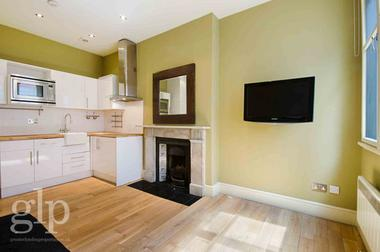One Double Bedroom at Villiers Street, Covent Garden, WC2N, 6ND