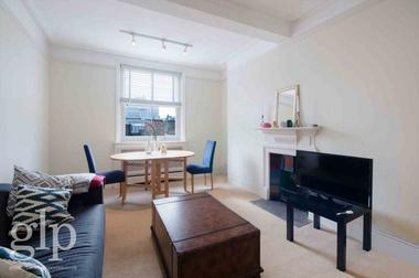 Two Double Bedrooms at St Martins Lane, Covent Garden, WC2N, 4AX