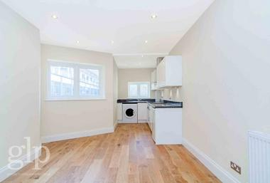 Double Bedroom at Berwick Street, Soho, W1F, 8TJ