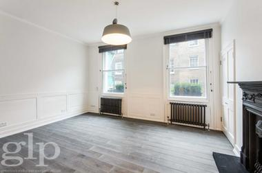Self Contained Studio at Monmouth Street, London, WC2H, 9LE