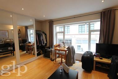 Self Contained Studio at Brewer Street, Soho, W1F, 9TN