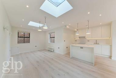 Stunning Finish at William Iv Street, Covent Garden, WC2N, 4DD