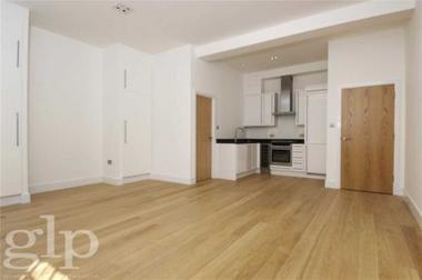 Large Studio at Wellington Street, Covent Garden, WC2E, 7BD