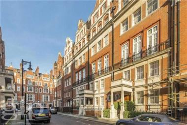 Two Double Bedrooms at Balfour Place, Mayfair, W1K, 2AT