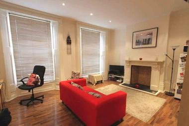 One bedroom apartment at York Way, London, N1, 9LN