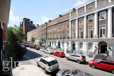 Two Double Bedrooms at Guilford Street, London, 1ES
