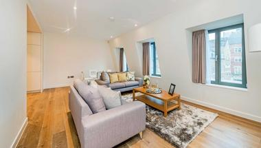 Two Double Bedrooms at Welbeck Way, Marylebone W1, 9YW