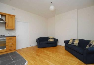 Two Double Bedrooms at Sevington Street, London, W9, 2QN