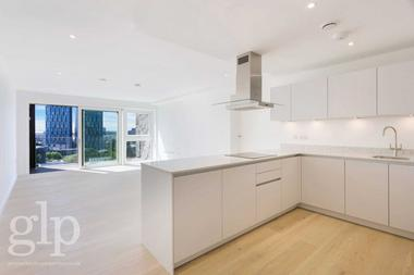 Four bedrooms at Pentonville Rd, Pentonville, N1, 9JE
