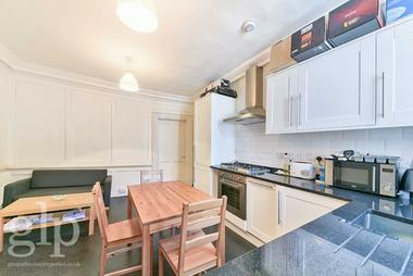 Two/Three Bedroom Apartment at Great Queen Street, Holborn, WC2B, 5AA