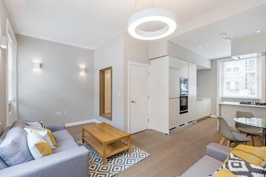 Two Double Bedrooms at Flat 1, 4 Garbutt Place, Marylebone, W1, 4DS