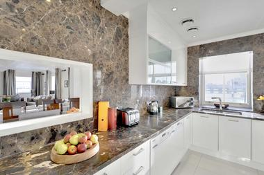 Amazing Luxury Penthouse at Queens Gate, Knightsbridge, SW7, 5LE