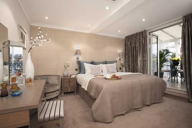 Beautifully Styled Penthouse at Claverley Court, Knightsbridge, SW3, 1PS