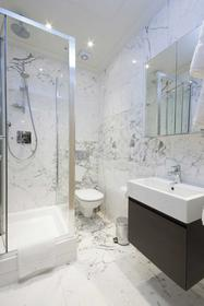 Spacious Suite at Claverley Court, Knightsbridge, SW3, 1PS