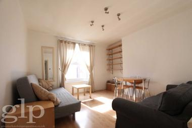Two Double Bedroom at Hatherley Grove, Bayswater, W2, 5RB