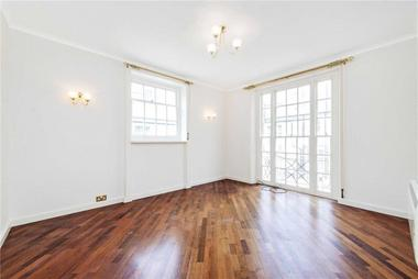 Two Bedroom Apartment at Weymouth Mews, London, 7EA