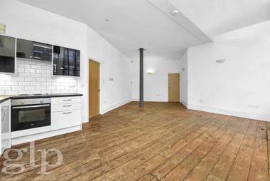 One Double Bedroom at Great Eastern Street, Shoreditch, EC2A, 3EP
