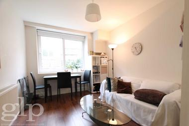 One Double Bedroom at Boston Place, Marylebone, NW1, 6ER