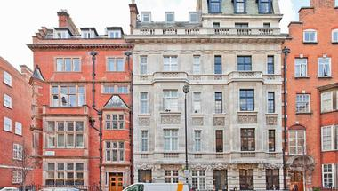 Two Double Bedroom at Harley Street, Marylebone, W1G, 8QP