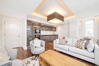 Two Double Bedrooms at New Cavendish Street, London, W1, 8TJ