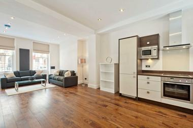 Two Double Bedrooms at Grafton Way, London, 5DF