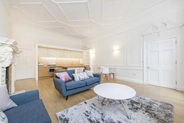 1377 sq. ft. / 128 sq. m at Devonshire Place, Marylebone W1G, 6HN