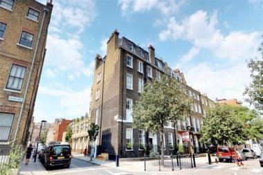 Three Double Bedroom at John Street, Bloomsbury, WC1N, 2BL