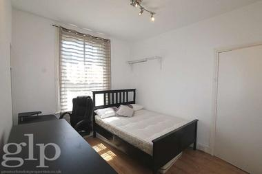 Self Contained Studio at Greek Street, Soho, W1D, 3DR