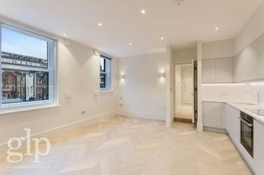 Luxury Studio Apartment at Goodge Street, Fitzrovia W1T, 4NE