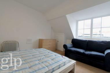 Two Double Bedrooms at Red Lion Street, Holborn, 4PS