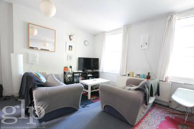 Two Double Bedroom at Silk Mews, Kennington, SE11, 4QE