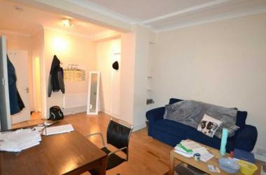 Studio Room at Euston Road, London, 3AA