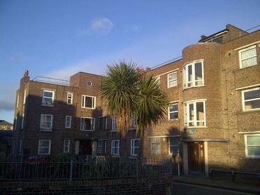 Three Double Bedrooms at Mapledene Road, Dalston, 3LN