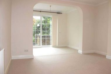 Three Bedroom House at Burma Road, Newington Green, 9BJ