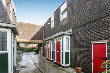 Two Double Bedrooms at Queensbridge Road, Haggerston, 4JJ