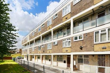 Three Double Bedrooms at Wick Road, E9, 5AR