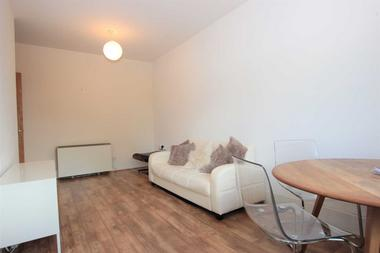 One Bedroom+ Study Apartment at Holly Street, Dalston, E8, 3XT