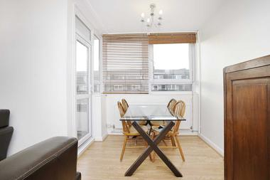 Spacious Three Double Bedrooms at Banbury Road, Victoria Park, E9, 7DU