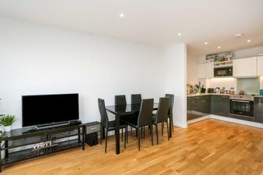 Two Double Bedrooms at Station House, Deptford, SE8, 4BZ